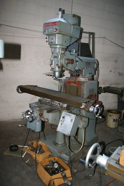 Vertical Milling Machine EX-CELL-O STYLE 602 1982