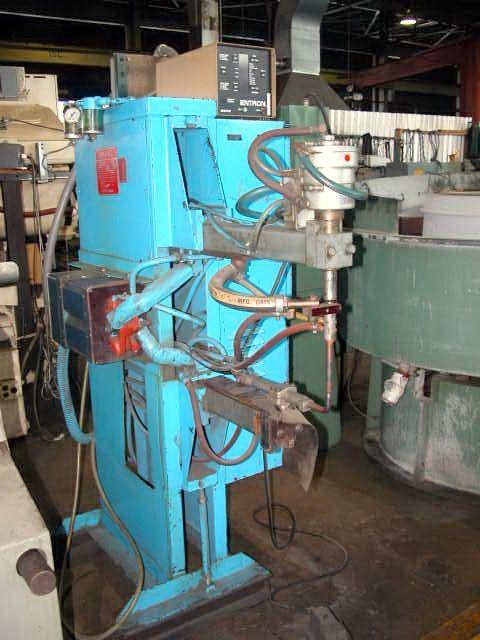 Spot Welding Machine VIKING 640 ES-1 1989
