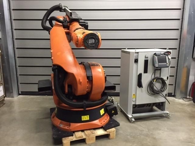 Roboter KUKA KRC 2 ED 05 KR 150 2001