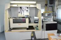 Wire Electrical Discharge Machine Fanuc ROBOCUT ALPHA 1 iD