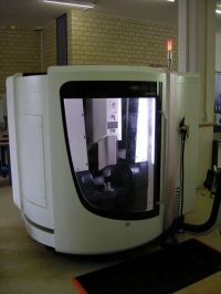 CNC verticaal bewerkingscentrum MAHO HSC 20
