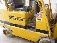 Front Forklift CATERPILLAR T-60-B 1998-Photo 2