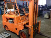 Front Forklift CLARK HUT-100