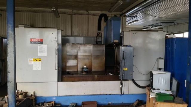 CNC Horizontal Machining Center MAZAK VTC 30C 1998