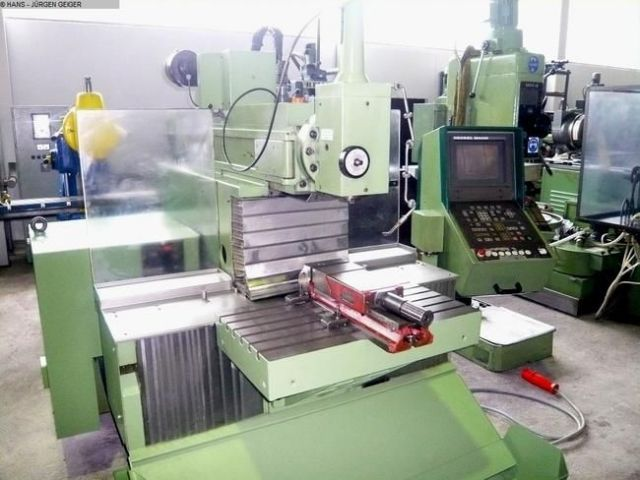CNC Milling Machine MAHO MH 600 C 1986