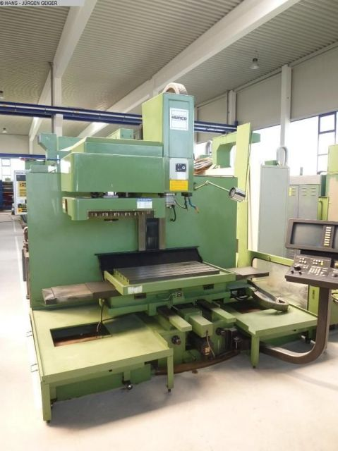 CNC Vertical Machining Center HURCO BMC 30 1989