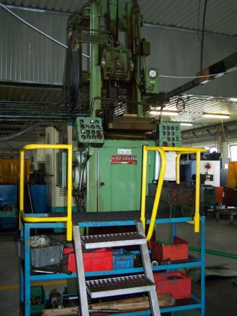 C Frame Hydraulic Press Warinelli VB6-1000 1990