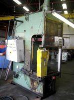 C kader hydraulische pers VEB PVE 63 SIM