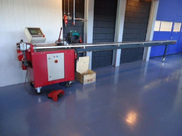 Niet-doorn bender Transfluid DB 628 1995