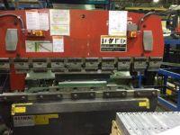 CNC särmäyspuristimen AMADA RG 50