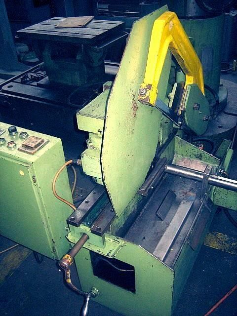 Hacksaw machine KASTO BSM 200 RA 1985