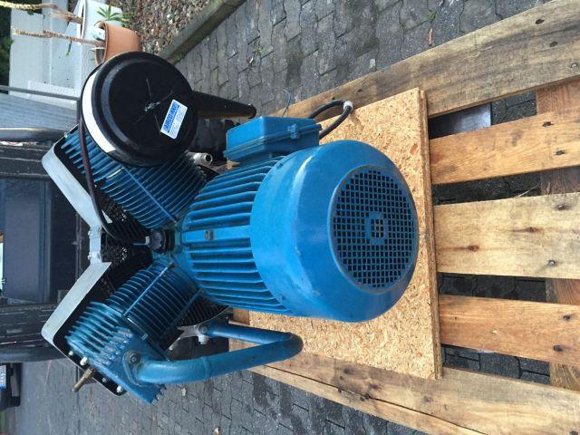 Kolbenkompressor MAHLE MGK 1601 H 1990