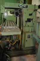 Universal Milling Machine CME FU 2 1984-Photo 3