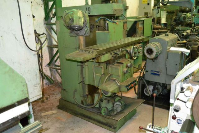 Universal Milling Machine CME FU 2 1984