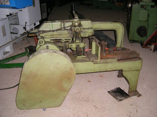 Hacksaw machine UNIZ MODEL 18 1974