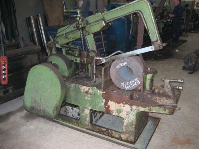Ijzerzaag machine UNIZ MODEL 24 1974