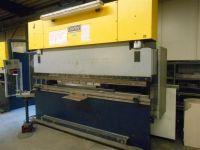 CNC hydraulický ohraňovací lis DARLEY EHP 150.31/25