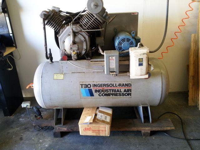 Piston Compressor INGERSOLL RAND T-30 1991