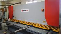 Cisaille guillotine hydraulique NC MakTek HGM 8x3200