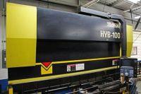CNC hidraulikus élhajlító TOYOKOKI HYB 1003