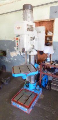 Oszlop fúrógép WDM DT 5040