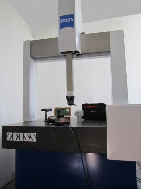 Measuring Machine ZEISS CARAT 700 2000