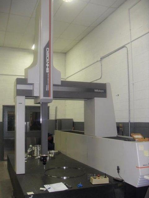 Measuring Machine MITUTOYO BHN-1020 1991