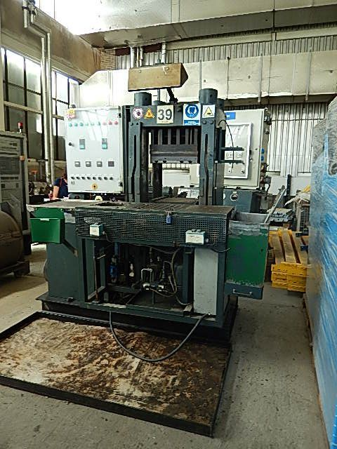 Horizontal Hydraulic Press BECKER 100-150 1965