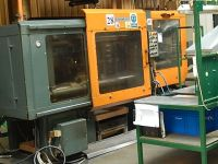 Plastics Injection Molding Machine DESMA 967.215 1992-Photo 4