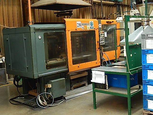 Plastics Injection Molding Machine DESMA 967.215 1992