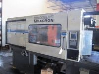 Plastics Injection Molding Machine CINCINNATI VT 300-21 1995-Photo 10
