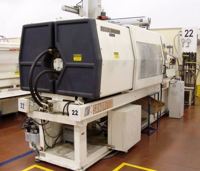 Plastics Injection Molding Machine SANDRETTO 135 TON 1997