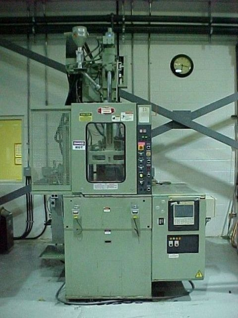 Plastics Injection Molding Machine NISSEI VERTICAL TH 70-5 VSE 1997
