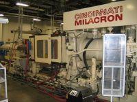 Plastics Injection Molding Machine CINCINNATI H 500-70 1989-Photo 3