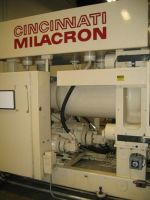 Plastics Injection Molding Machine CINCINNATI H 500-70 1989-Photo 9