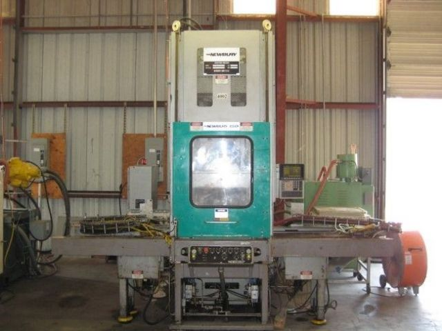 Plastics Injection Molding Machine NEWBURY VERTICAL SHUTTLE 1993