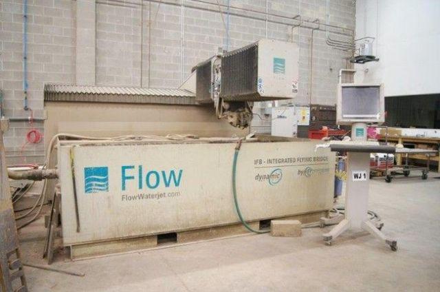 Máquina de corte por chorro de agua 2D FLOW MACH3 IFB 4X8 2010