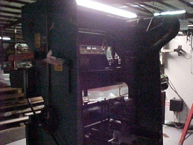 Mechanický ohraňovací lis WYSONG 3572 1981
