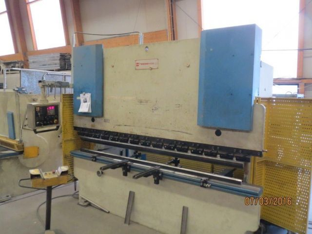 Horizontal Hydraulic Press DURMAZLAR HAP 30120 1999