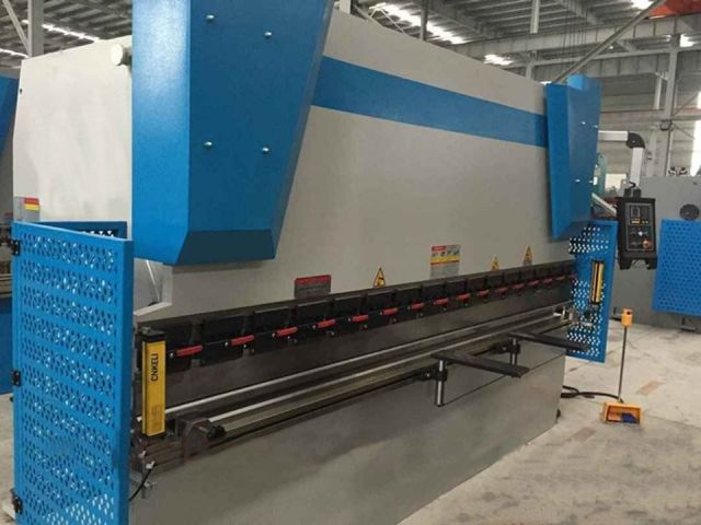 NC Folding Machine España 125-3200 2014