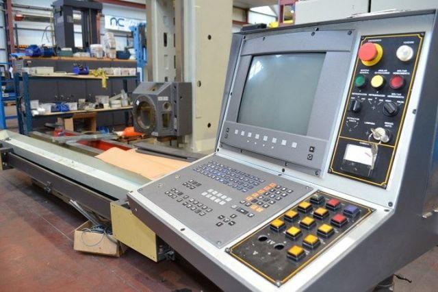 Fresadora CNC ANAYAK Bancada VH 2200 1998