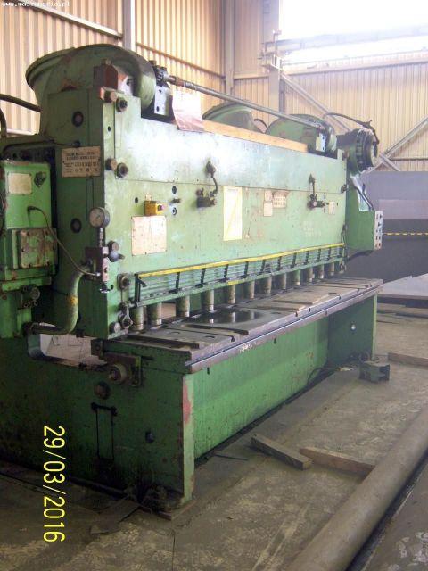 Mechanical Guillotine Shear KZP USRR H 3222 1987