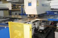 Stanz-Laser-Kombimaschine  TRUMPF LASERPRESS 260