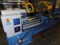 Universal Lathe AMUTIO CAZENEUVE HB575x3000 Reconstruido