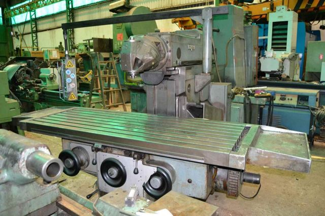 Universal Milling Machine ZAYER 55BM 1990