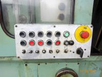 Gear Grinding Machine KOMSOMOLEC 5B833 1981-Photo 4