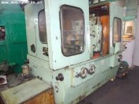 Gear Grinding Machine KOMSOMOLEC 5B833 1981-Photo 5