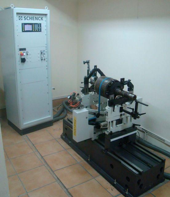 Maszyna pomiarowa SCHENCK Wyważarka pozioma SCHENCK HE 30 BU do 700kg 2008