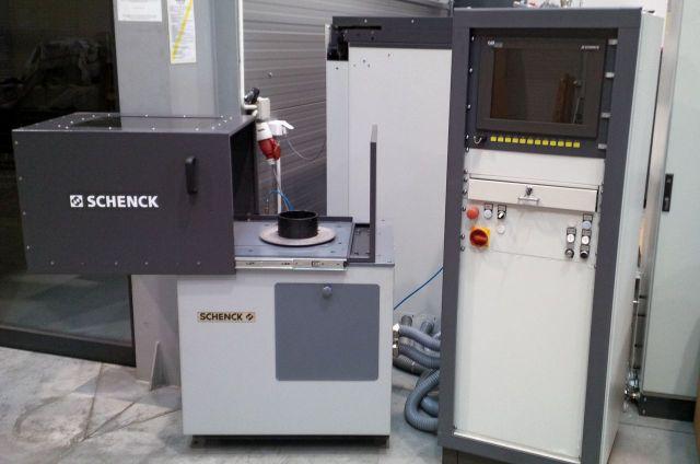 Maszyna pomiarowa SCHENCK Wyważarka pionowa SCHENCK HBAB do 30 kg 1987
