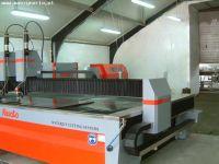 Máquina de corte por chorro de agua 2D RESATO R-LCM 3020-2
